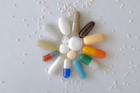 picture of ecstacy  - Some kinds of pills of many colors and sizes - JPG