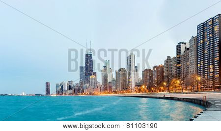 Panorama of City of Chicago downtown and Lake Michigan at dusk