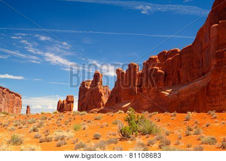 Beautiful Rock Formations In Arches National Park, Utah, Usa-hdr Image