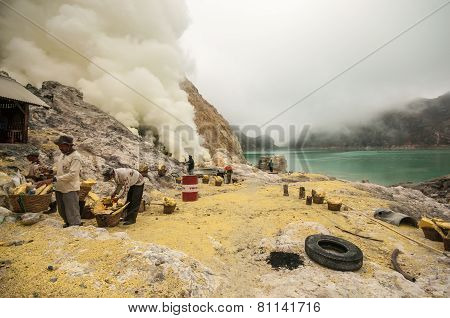 Sulfur At Kawah Ijen