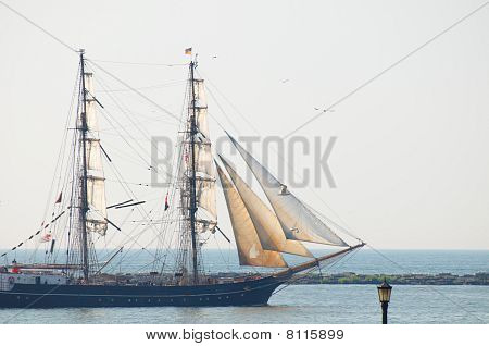 Roald Amundsen Under Sail