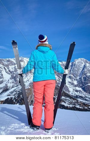 Ski, winter, snow, skiers, sun and fun
