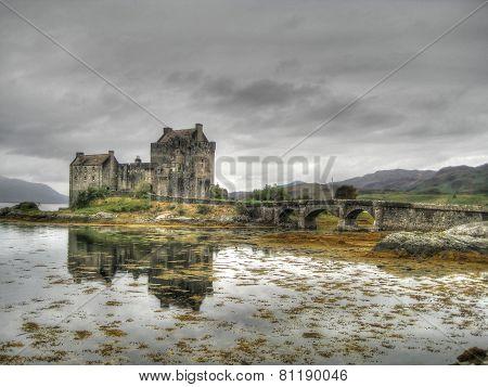 Dark sky at Eilean Donan Castle