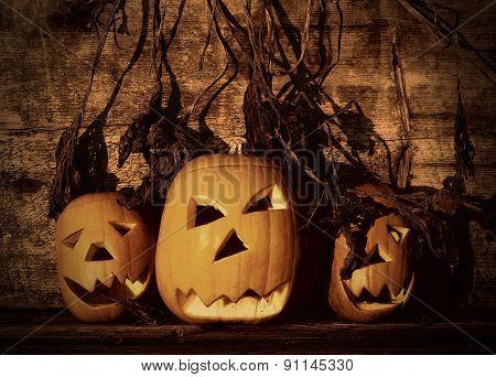Halloween Pumpkins With Board