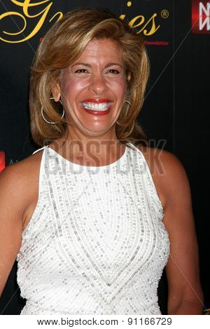 LOS ANGELES - MAY 19:  Hoda Kotb at the 40th Anniversary Gracies Awards at the Beverly Hilton Hotel on May 19, 2015 in Beverly Hills, CA