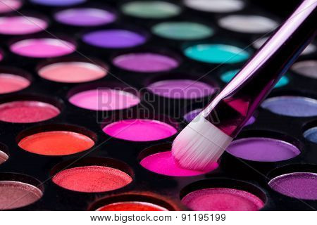 brushes and make-up eye shadows
