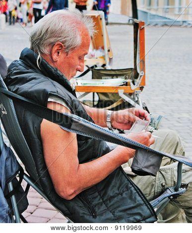 The Street Artist On Rest