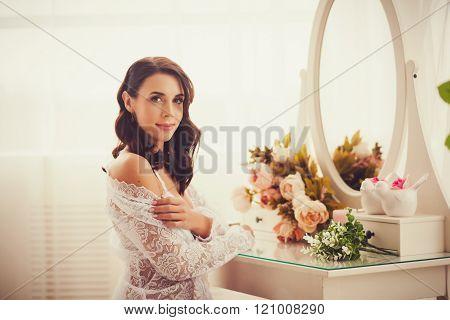 Beautiful Brid? In Room