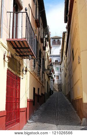 Narrow street in the Albaicin, Granada.