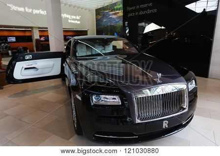 Black Rolls Royce In The Exibition