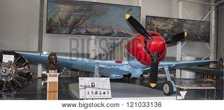 La 7 - Frontline Fighter (1944) .max. Speed, Km / H-680