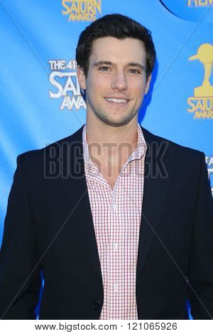 BURBANK - JUN 25: Drew Roy at the 41st Annual Saturn Awards at The Castaway on June 25, 2015 in Burbank, California,