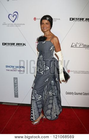 LOS ANGELES - FEB 28:  Victoria Rowell at the Style Hollywood Viewing Party 2016 at the Hollywood Museum on February 28, 2016 in Los Angeles, CA