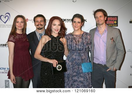 LOS ANGELES - FEB 28:  Carly Ritter, Jason Ritter, Amy Yasbeck, Melanie Lynskey, Tyler Ritter at the Style Hollywood Viewing Party 2016 at the Hollywood Museum on February 28, 2016 in Los Angeles, CA