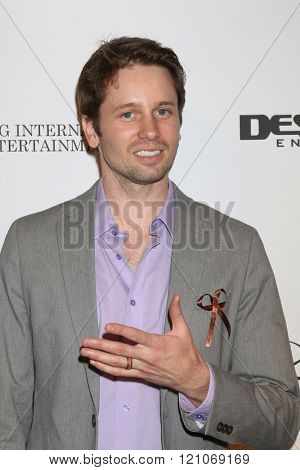 LOS ANGELES - FEB 28:  Tyler RItter at the Style Hollywood Viewing Party 2016 at the Hollywood Museum on February 28, 2016 in Los Angeles, CA