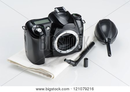 cleaning the digital SLR camera, camera body and cleaning tools