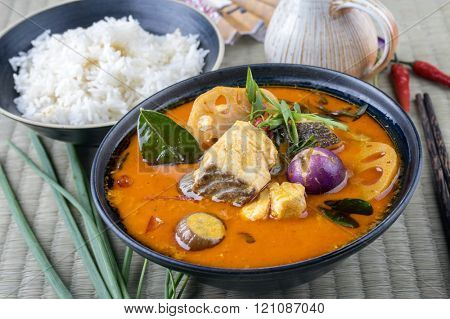 Tom Yam Pla in a Bowl