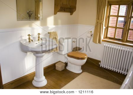 Period Bathroom