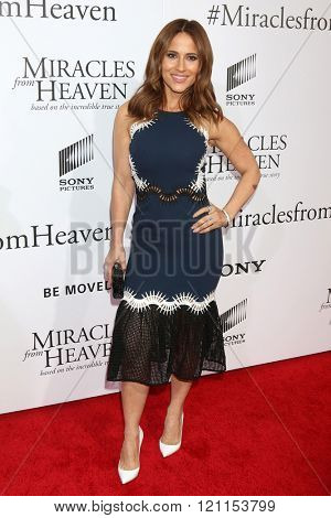 LOS ANGELES - MAR 9:  Jackie Guerrido at the Miracles From Heaven Premiere at the ArcLight Hollywood Theaters on March 9, 2016 in Los Angeles, CA
