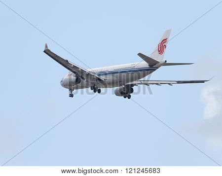 Airbus A330-243 Air China