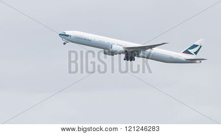 Big Boeing 777-367Er Cathay Pacific Airways