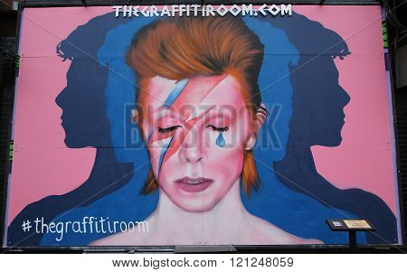 Mural in memory of David Bowie in Little Italy in Manhattan.