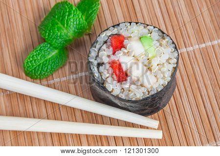 Sweet quinoa sushi roll