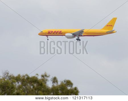 Large Transport Boeing 757-236 / F Dhl Air