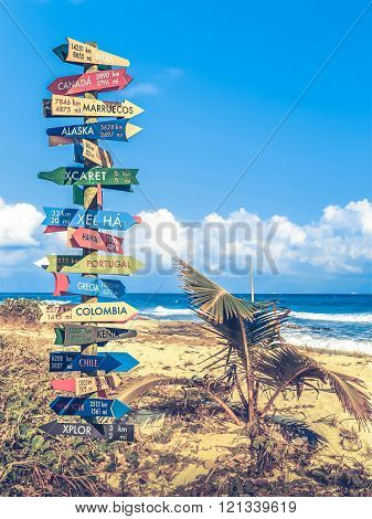 World Travel Signpost