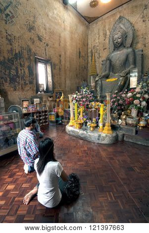 Ayutthaya,Thailand-August 15,2009 : Thai Buddhist people is worship of Phra Khan Thavarat ,Wat Na Phra Meru was founded in the 13th century at Wat Na Phra Meru . Located in Ayutthaya Historical park of Thailand, Ayutthaya old capital city in Middle of Tha