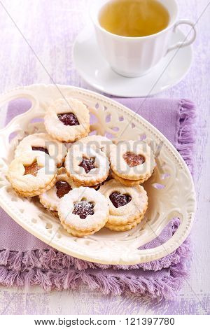 Jam Filling Linzer Cookies With Icing Sugar