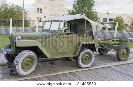 MOSCOW RUSSIA- OCTOBER 7- Gaz-67- Command car(USSR)1942.Max.speedkm/h-90 in the Central Museum of the Great Patriotic War on October 7; 2015 in Mosco