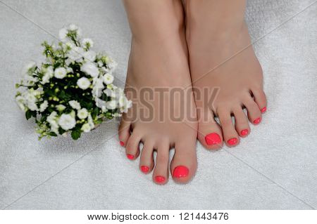 wonder pink pedicure with a three tulips. Spring mod