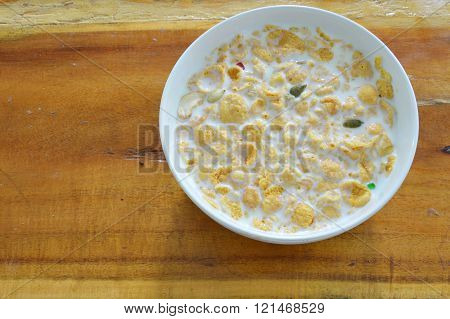 cornflakes and milk in bowl