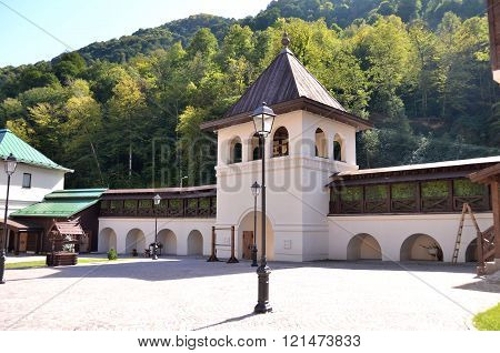 CULTURAL - ETHNOGRAPHIC CENTER MY RUSSIA ROSE FARM SOCHI, RUSSIA - OCTOBER 05 2015 View of the building symbolizes the Suzdal Krasnaya Polyana Sochi Russia.