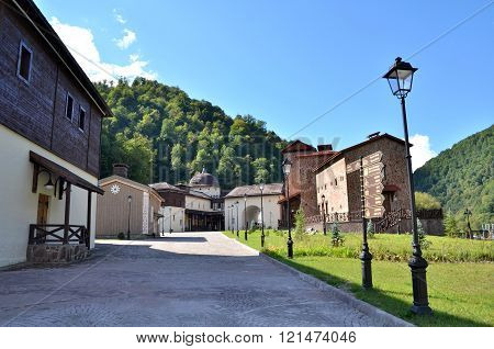 CULTURAL - ETHNOGRAPHIC CENTER MY RUSSIA ROSE FARM SOCHI, RUSSIA - OCTOBER 05 2015: View of the building symbolizes the Central Russia Krasnaya Polyana Sochi Russia.