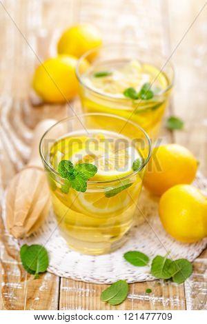 summer citrus lemonade drink