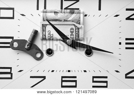 Dollar On A Clock