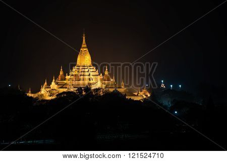 Ancient Ananda Pagoda Before Sunrise With Lightup, Bagan(pagan), Mandalay, Myanmar