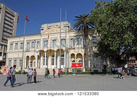 Governorate Of Izmir At Konak Square