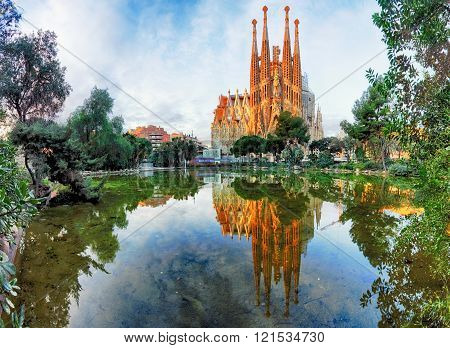 View Of The Sagrada Familia, A Large Roman Catholic Church In Barcelona,