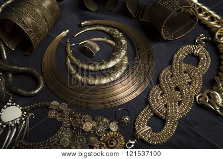 Beautiful Oriental gold jewelry (Indian Arab African Egyptian). Fashion Exotic Accessories Asian Gold jewelry. Tribal Jewelry for belly dance oriental costumes. Necklace Earrings Bracelets.
