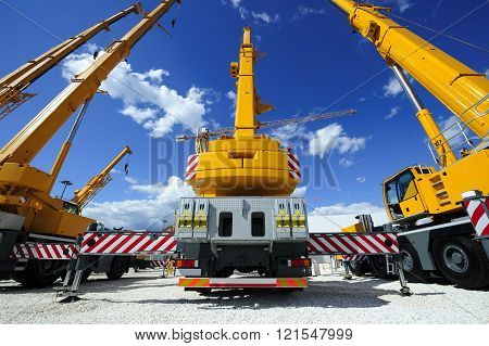Mobile construction cranes