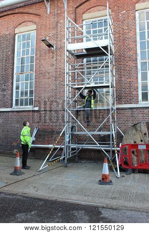 Building a scaffold tower