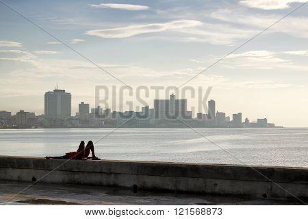 Relax in Cuba