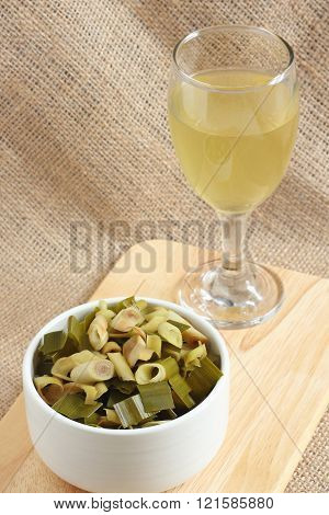 Thai herbal drinks, Lemon grass water on cloth background