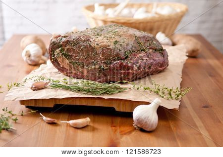 spice and herb crusted beef rib roast raw and ready for the oven