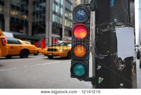 Traffic light on a city street