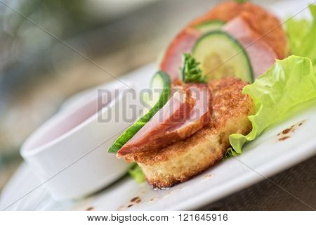 pancakes with ham and cucumber