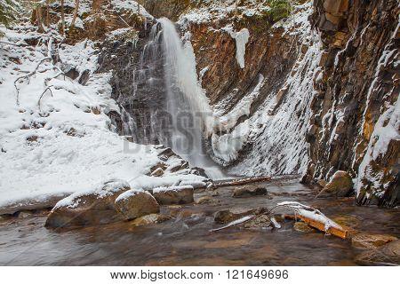 frozen waerfall